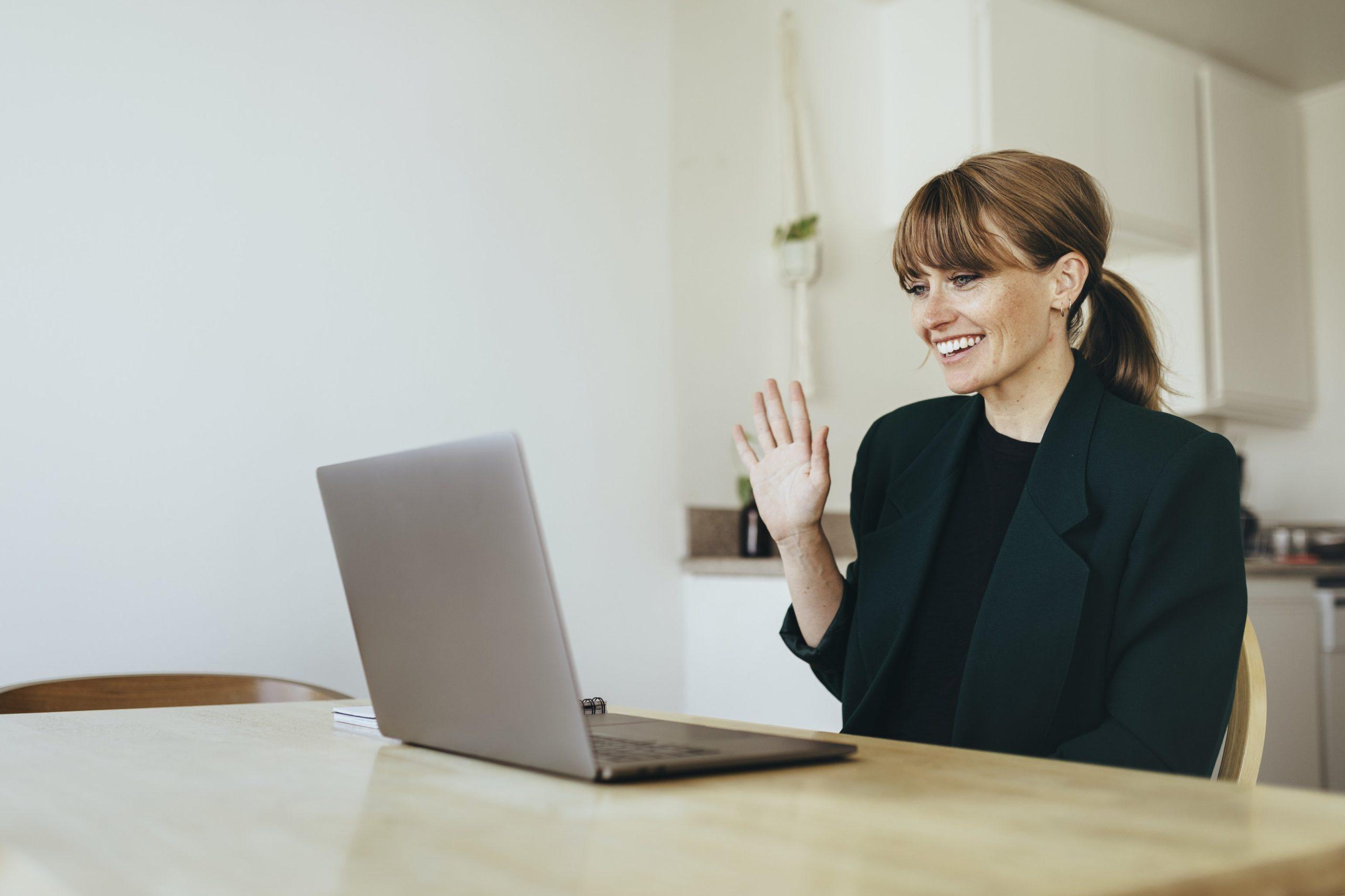 Online language tutor having a lesson